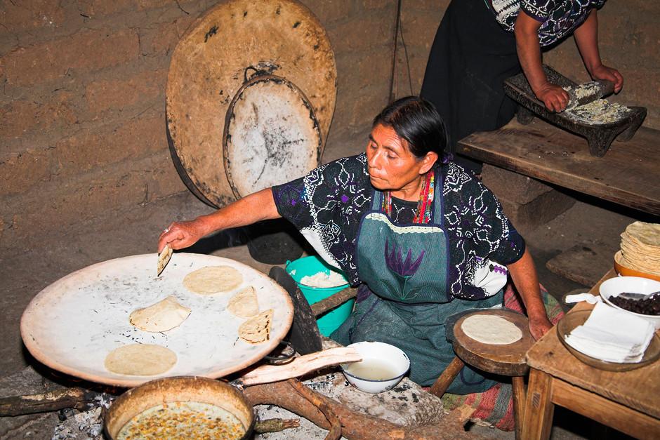 Chefs, blancos y privilegiados: ¿los nuevos saqueadores de México?